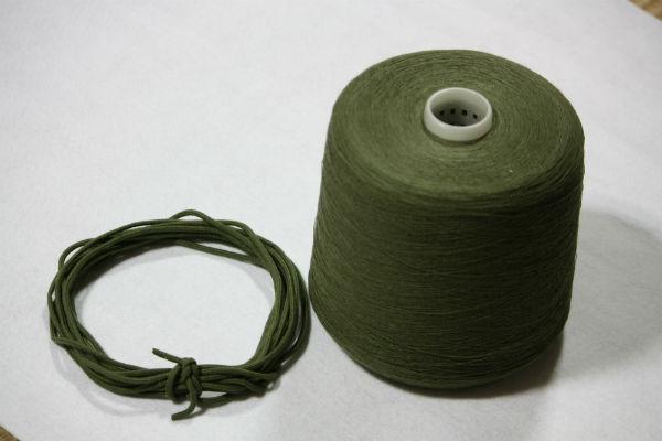 アクリル糸