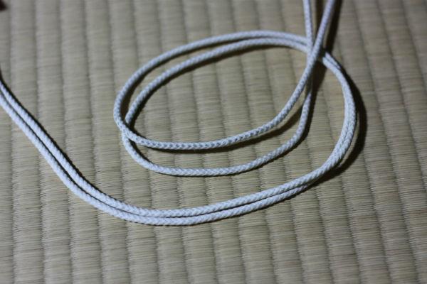 蛍光紐の平時