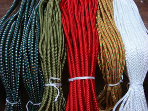 衣装用の紐