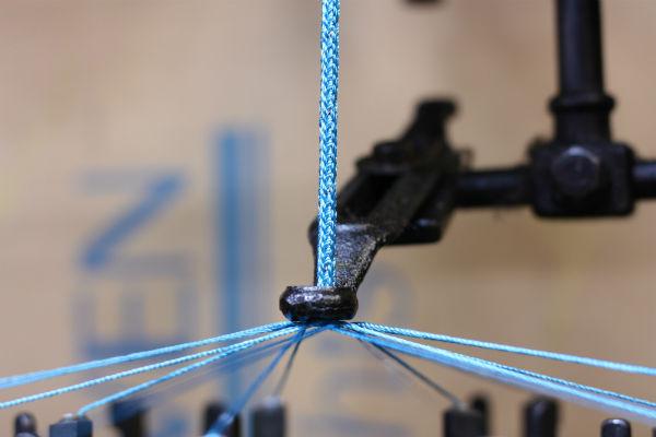 ラメ入り撚糸紐